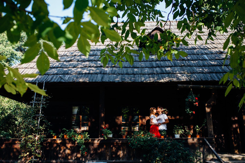 cristian-georgiana-sedinta-foto-muzeul-satului-1033