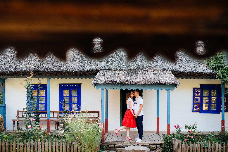 cristian-georgiana-sedinta-foto-muzeul-satului-1054